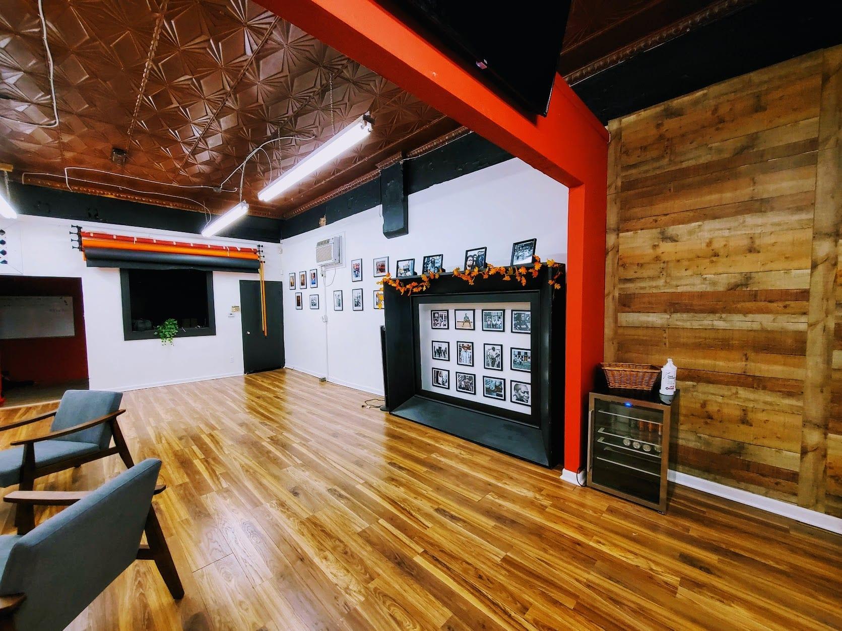 Cross Grand Studio, 3304 Meramec Street in Downtown Dutchtown, St. Louis, MO. Photo by Brian Adler.